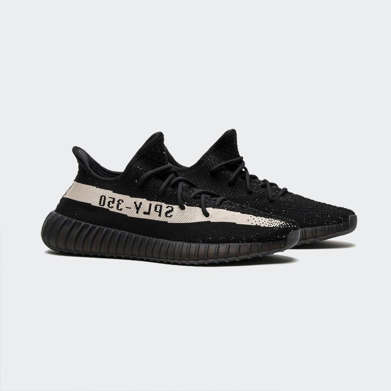 first rate ffe55 015f7 Adidas Yeezy Boost 350 V2 Core Black White Real Boost BY1604