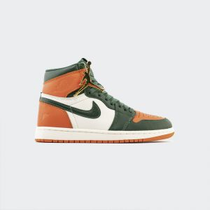 "SoleFly x Air Jordan 1 High OG ""SailTeam Orange-Fir"" AV3905-138"