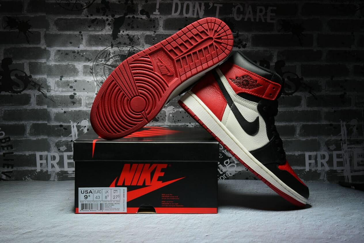 "Air Jordan 1 ""Black Toe""2.0 555088-610"