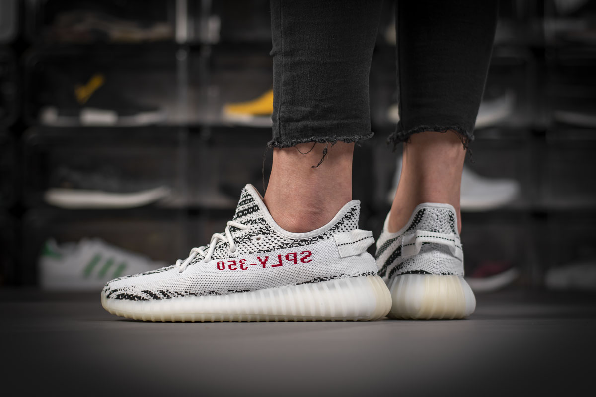 Adidas Yeezy Boost 350 V2 Zebra Real Boost CP9654