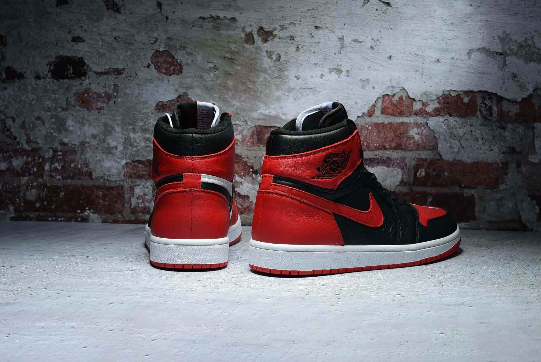 "Air Jordan 1 Retro ""Homage To Home"" 861428-061"